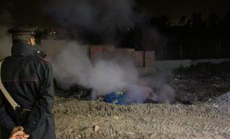 Ladispoli, brucia rifiuti tossici nella notte imprenditore denunciato dai Carabinieri