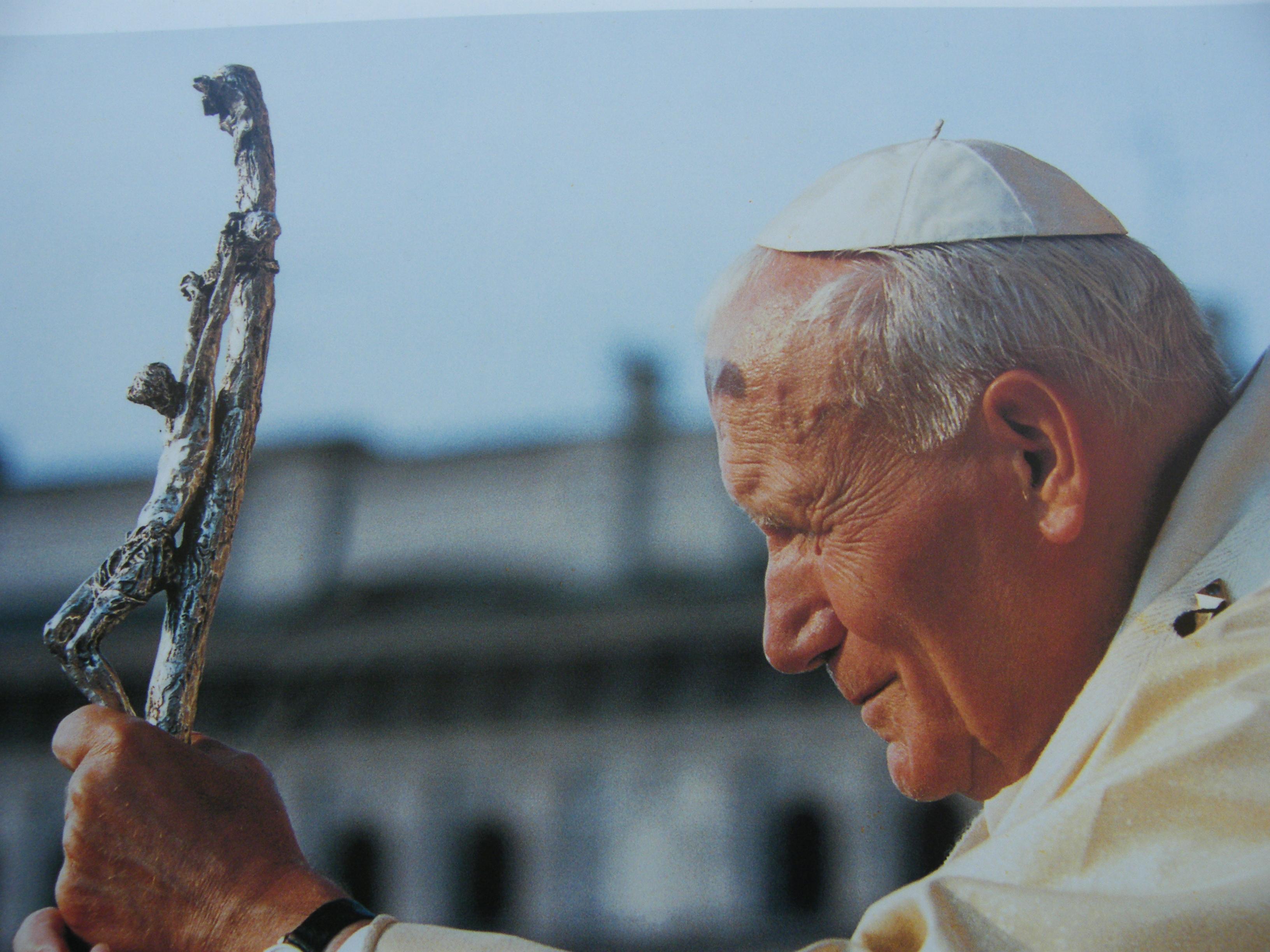 Scotto: Wojtyla a Civitavecchia, il ricordo in una statua