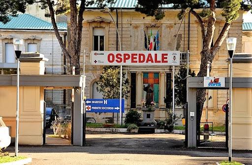 Ospedale di Tarquinia: operativo il Pronto Soccorso e l'assistenza ai ricoverati, via alla sanificazione