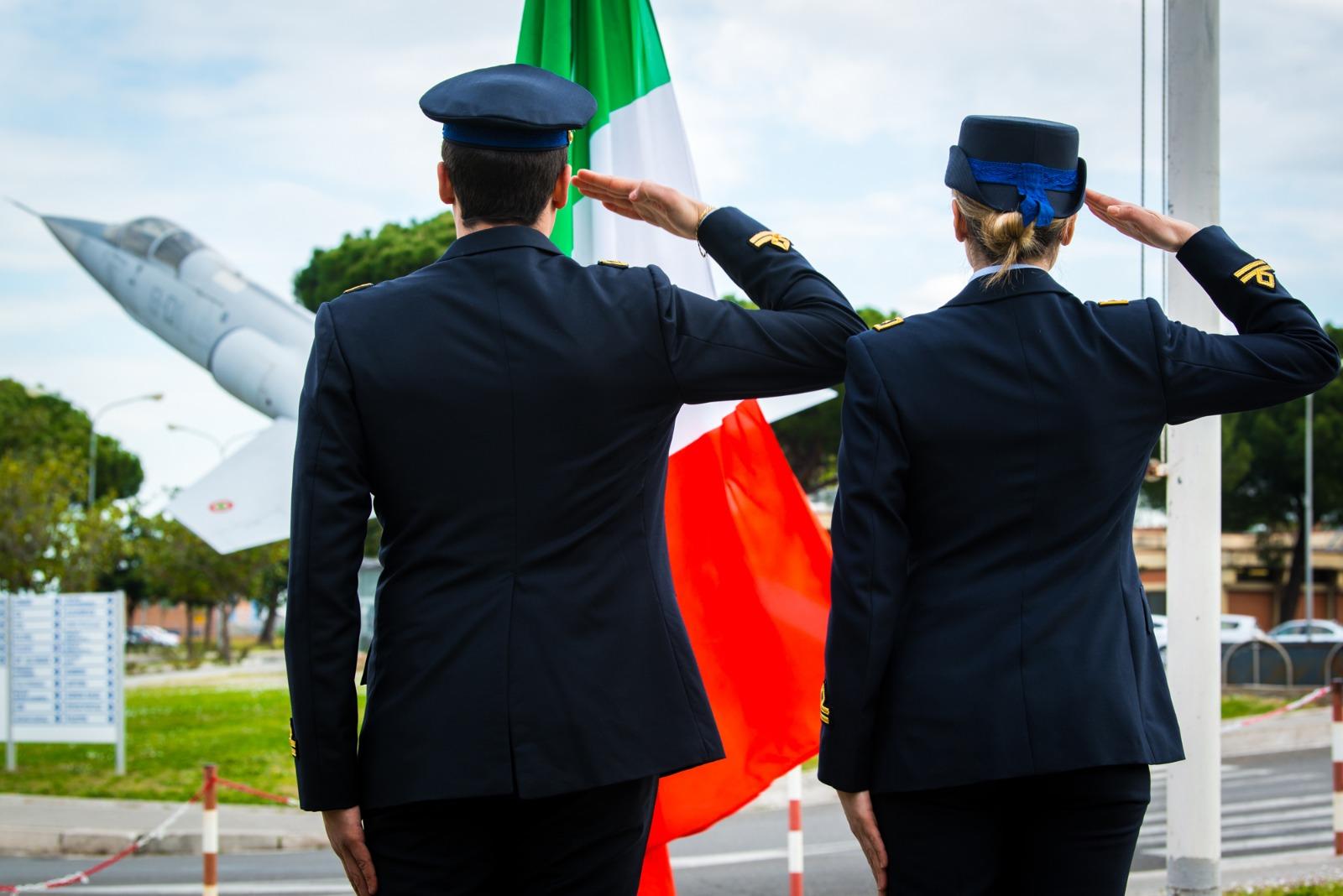L'aeronautica militare celebra il 97° anniversario della sua costituzione