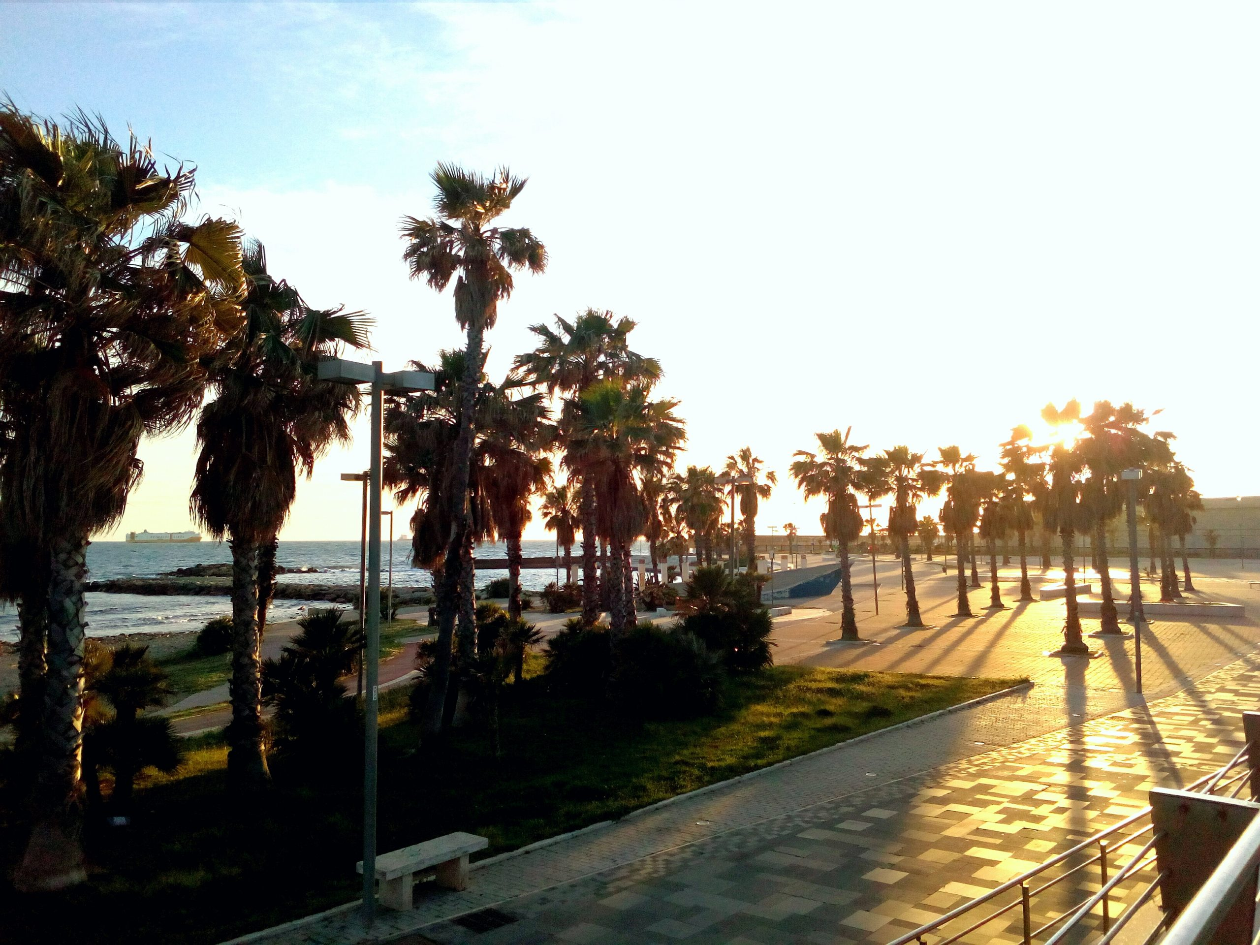 La regione Lazio sostenga i comuni costieri per la fruizione delle spiagge libere