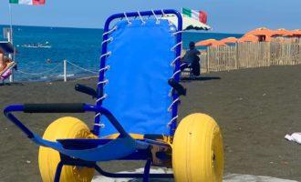 Ladispoli: sedie job e passerelle
